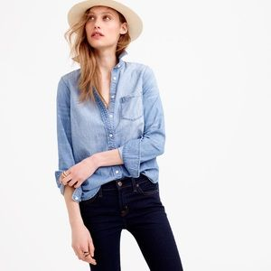 J Crew • Always chambray shirt denim buttondown
